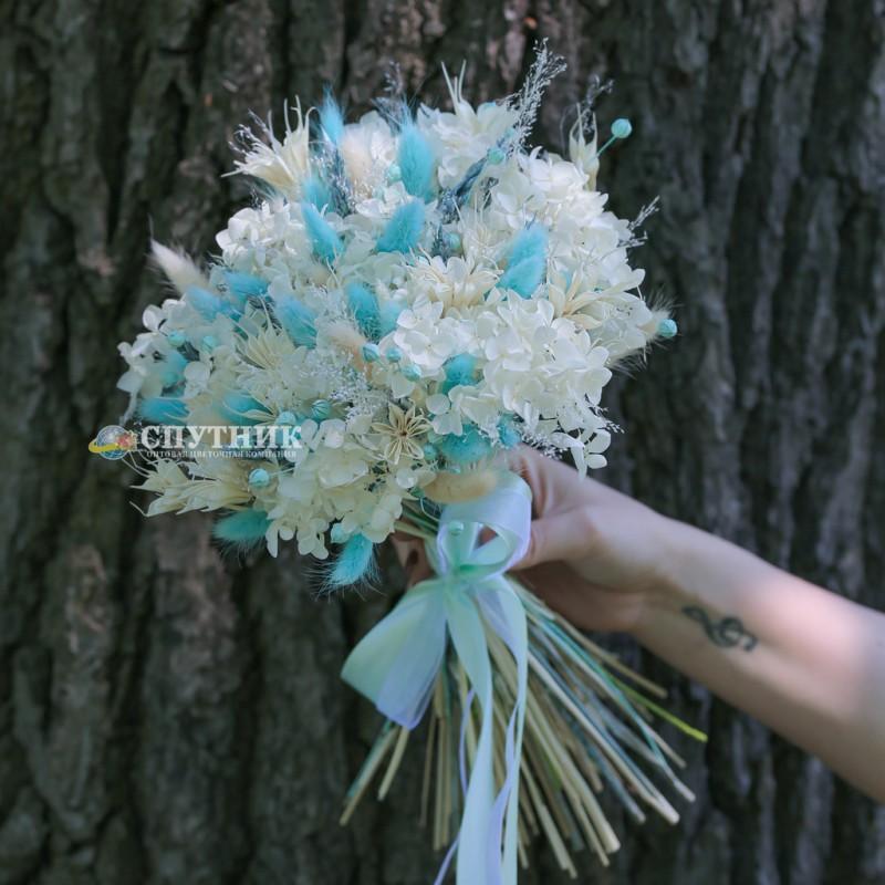 Купить букет сухоцветов в СПб, гортензия стабилизированная, лагурус, лино