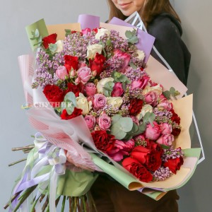 """Букет """"Валенсия"""" из кустовой и садовой розы / 13'100 руб"""