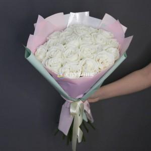 Букет 21 роза Плайя Бланка / 2'050 руб